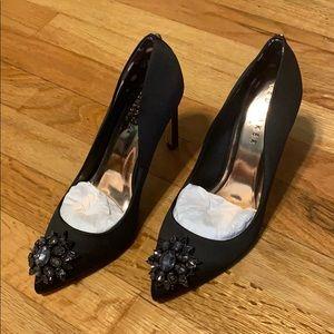 Brand new Ted Baker Brooch detailed black heels
